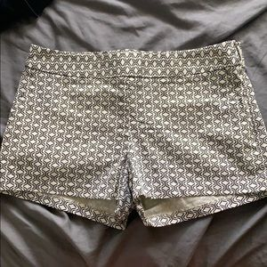 Express patterned shorts with pockets